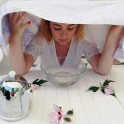 Le bain de vapeur pour un nettoyage de peau comme à l'institut !
